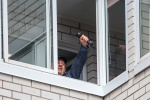 Новгородцы сделали зарядку на балконе