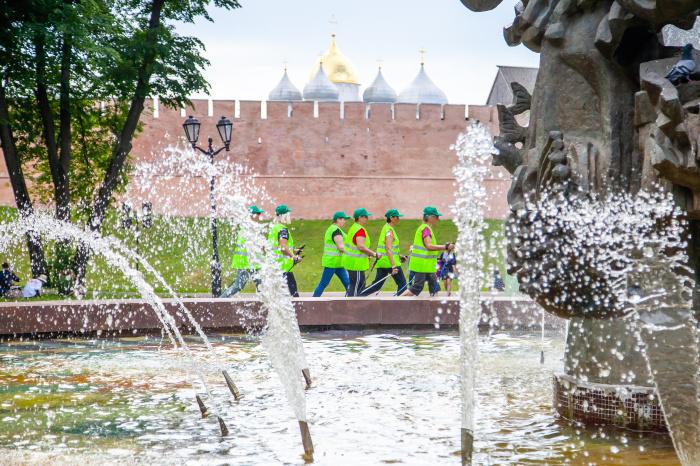 В Великом Новгороде прошел финал фестиваля скандинавской ходьбы «Маршруты активного долголетия»