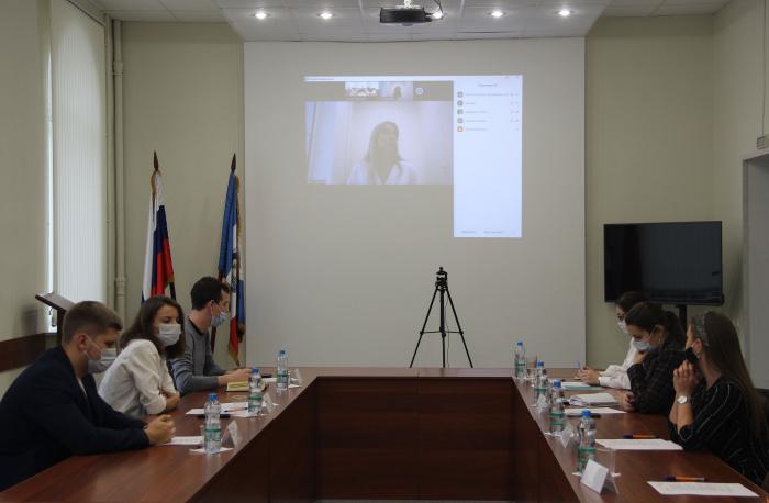 В Великом Новгороде состоялось заседание Молодежного правительства региона