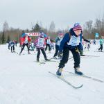 В Окуловке состоялся центральный старт «Лыжни России» в регионе